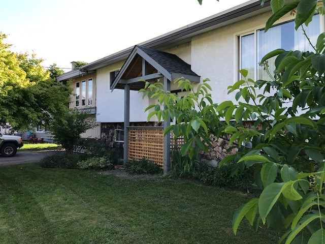 Detached at 9585 PAULA CRESCENT, Chilliwack, British Columbia. Image 1