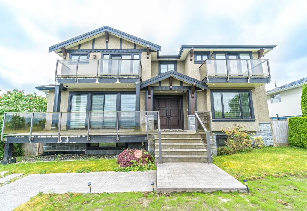 Detached at 4676 BURKE STREET, Burnaby South, British Columbia. Image 1