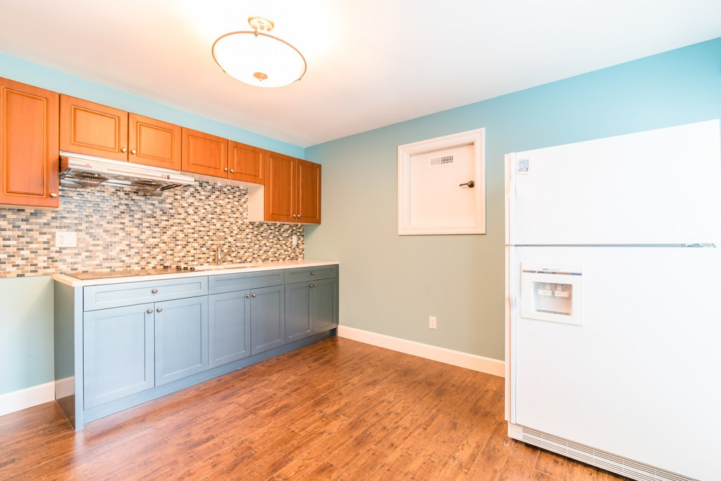 Detached at 4676 BURKE STREET, Burnaby South, British Columbia. Image 14
