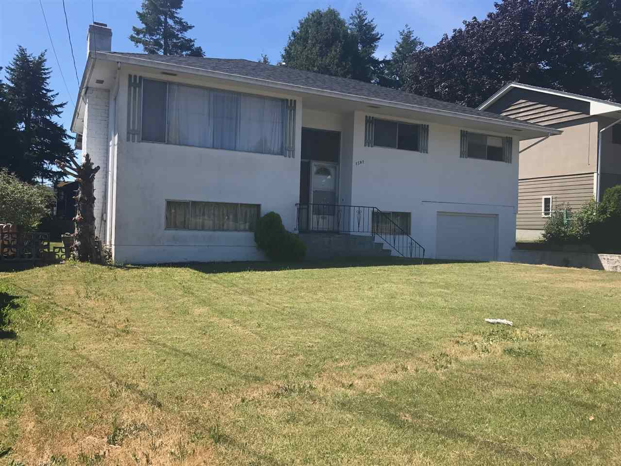 Detached at 1541 CHESTNUT STREET, South Surrey White Rock, British Columbia. Image 1