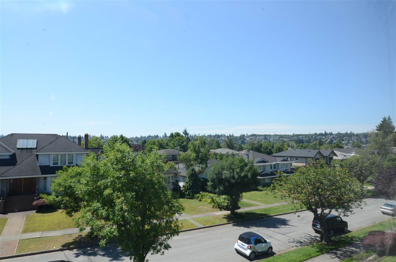 Detached at 2333 W 20TH AVENUE, Vancouver West, British Columbia. Image 2