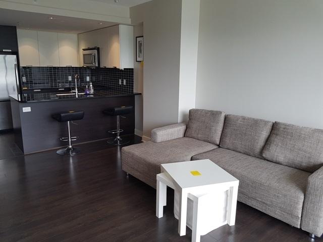 Condo Apartment at 3204 2968 GLEN DRIVE, Unit 3204, Coquitlam, British Columbia. Image 3