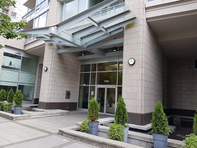 Condo Apartment at 3204 2968 GLEN DRIVE, Unit 3204, Coquitlam, British Columbia. Image 12
