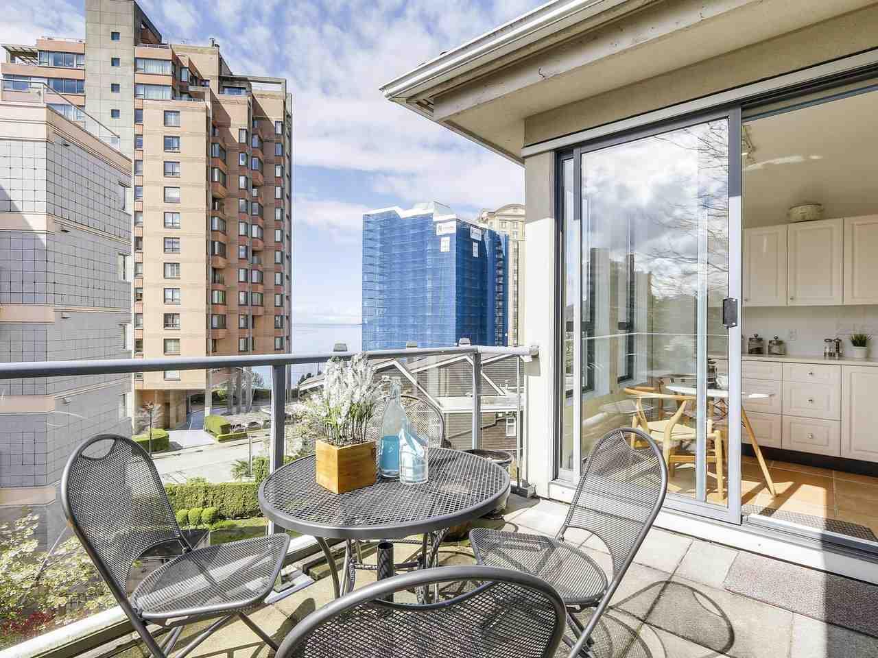 Condo Apartment at 301 2242 MARINE DRIVE, Unit 301, West Vancouver, British Columbia. Image 13