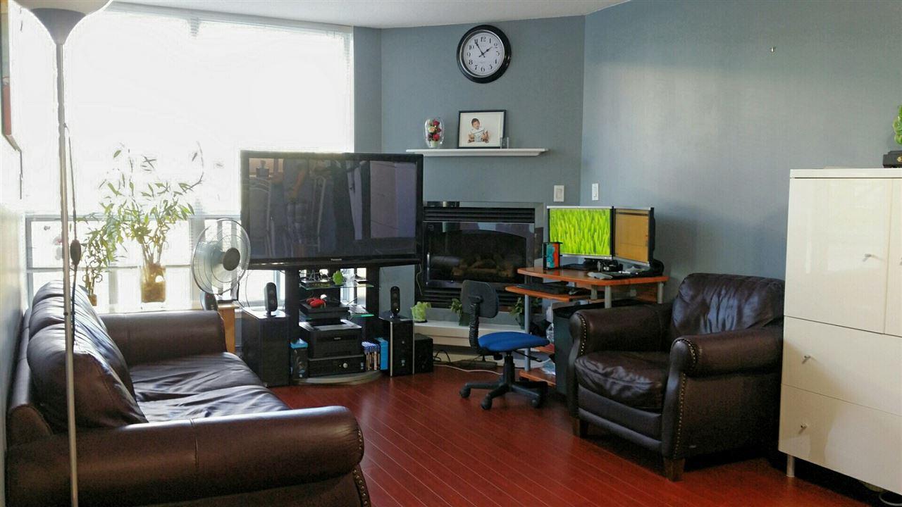 Condo Apartment at 305 1148 HEFFLEY CRESCENT, Unit 305, Coquitlam, British Columbia. Image 3