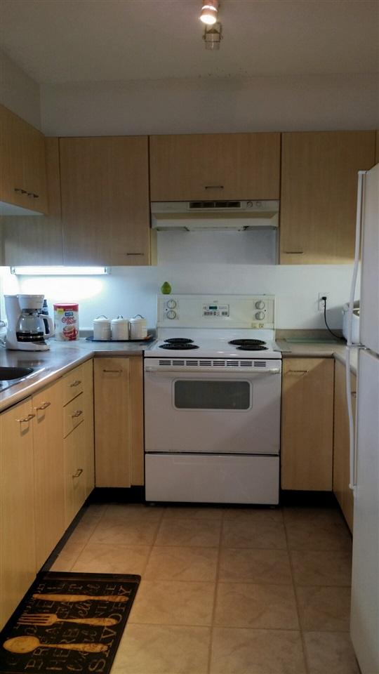 Condo Apartment at 305 1148 HEFFLEY CRESCENT, Unit 305, Coquitlam, British Columbia. Image 4
