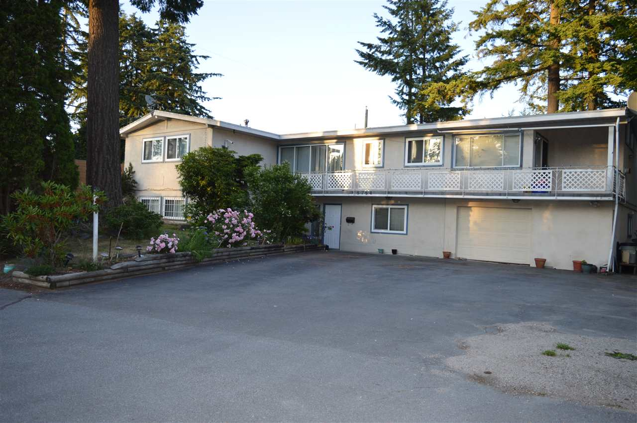Detached at 5784 133 STREET, Surrey, British Columbia. Image 1