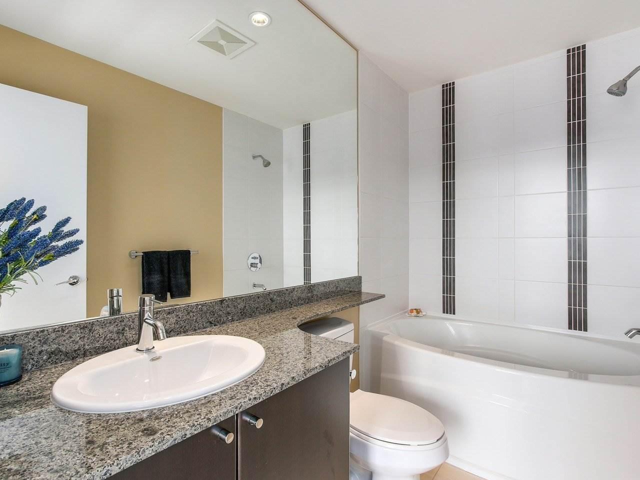 Condo Apartment at 3001 660 NOOTKA WAY, Unit 3001, Port Moody, British Columbia. Image 17