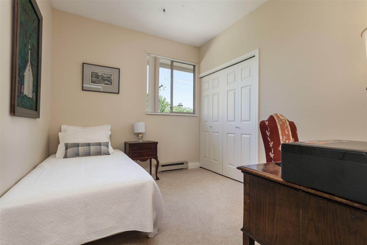 Condo Apartment at PH303 3790 W 7TH AVENUE, Unit PH303, Vancouver West, British Columbia. Image 17