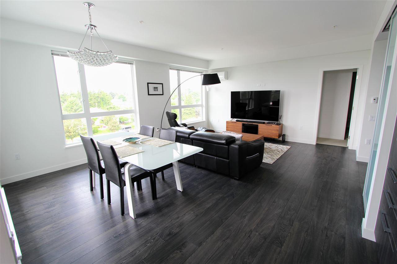 Condo Apartment at PH5 6677 CAMBIE STREET, Unit PH5, Vancouver West, British Columbia. Image 2