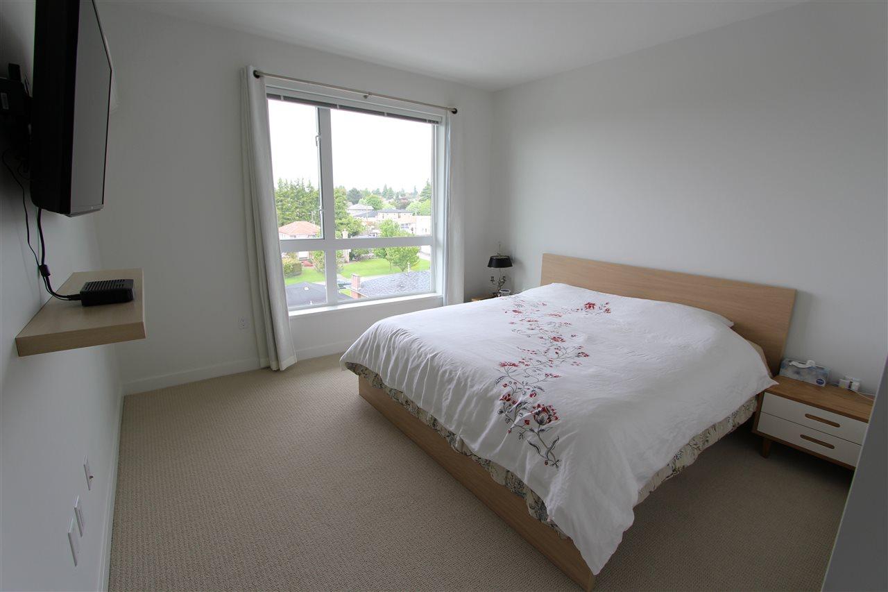 Condo Apartment at PH5 6677 CAMBIE STREET, Unit PH5, Vancouver West, British Columbia. Image 6