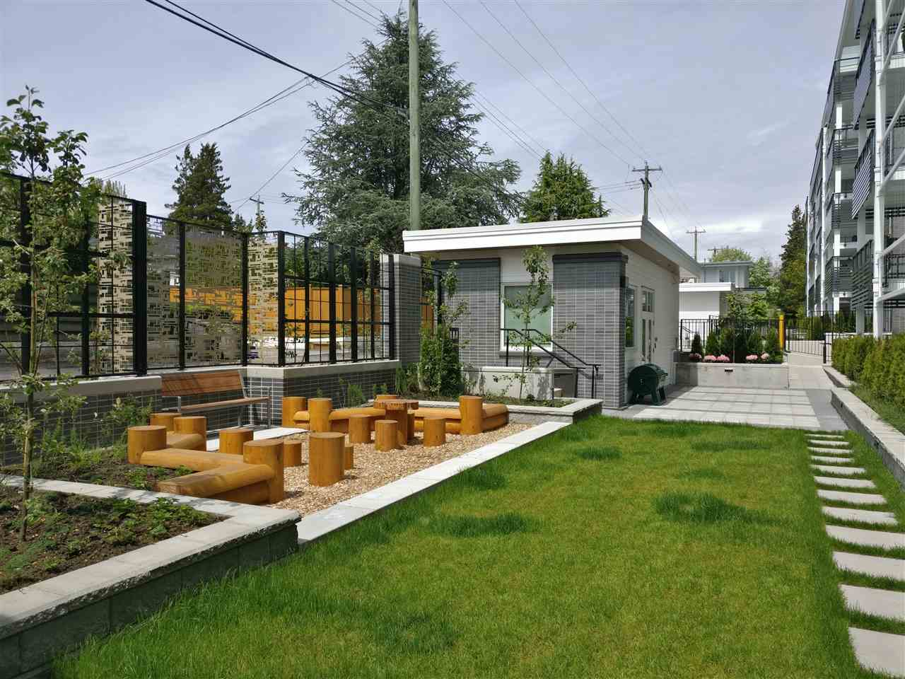 Condo Apartment at PH5 6677 CAMBIE STREET, Unit PH5, Vancouver West, British Columbia. Image 11