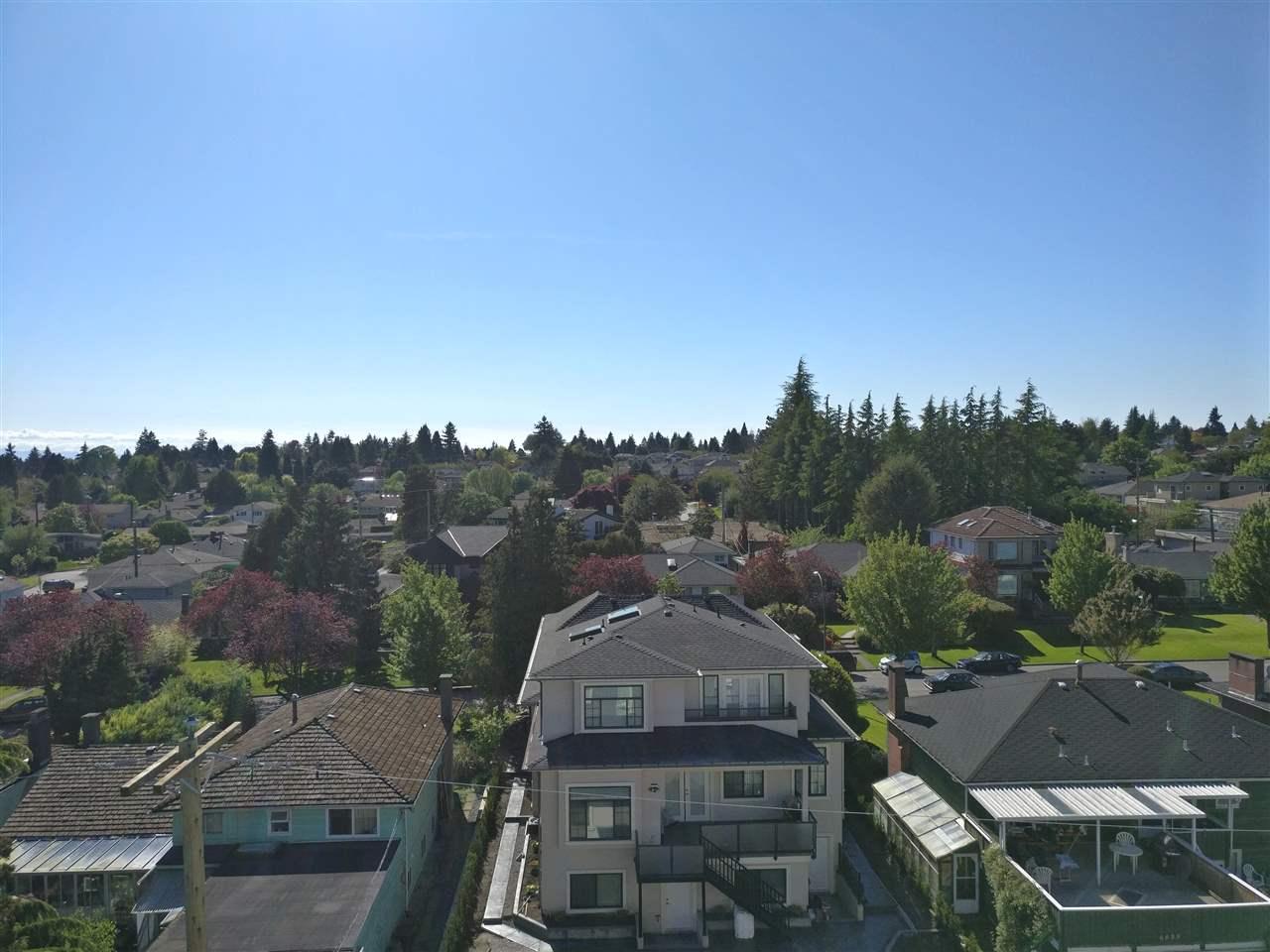 Condo Apartment at PH5 6677 CAMBIE STREET, Unit PH5, Vancouver West, British Columbia. Image 16