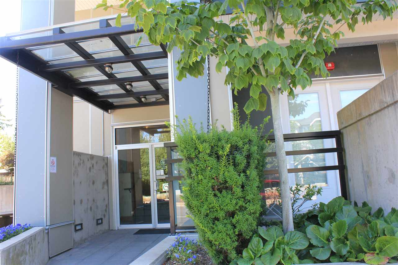 Condo Apartment at 200 13228 OLD YALE ROAD, Unit 200, North Surrey, British Columbia. Image 1