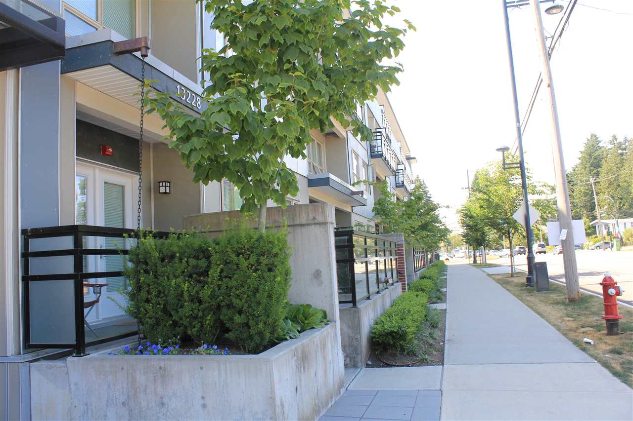 Condo Apartment at 200 13228 OLD YALE ROAD, Unit 200, North Surrey, British Columbia. Image 2