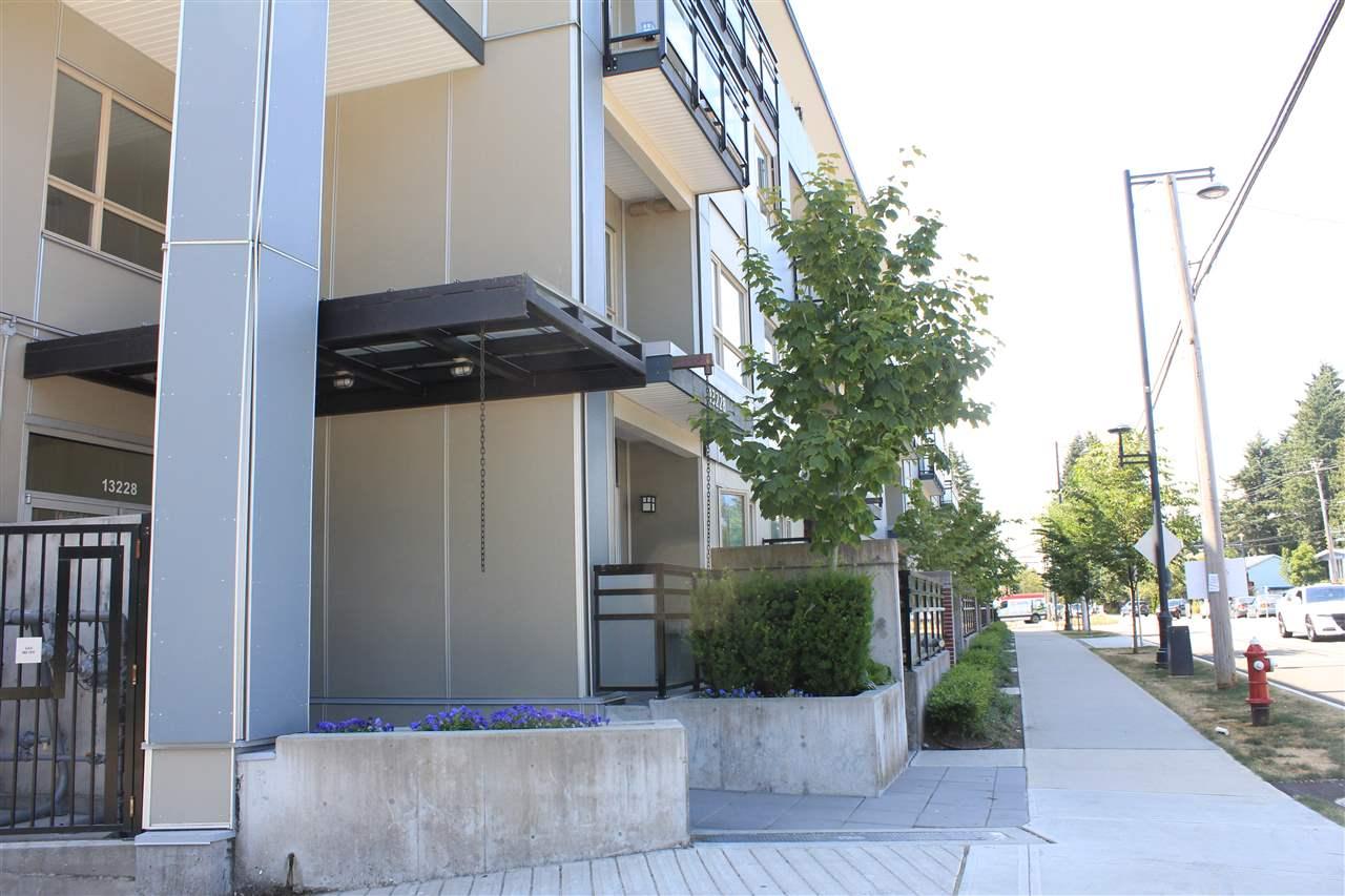 Condo Apartment at 200 13228 OLD YALE ROAD, Unit 200, North Surrey, British Columbia. Image 3