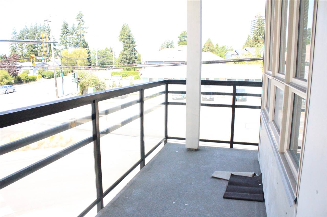 Condo Apartment at 200 13228 OLD YALE ROAD, Unit 200, North Surrey, British Columbia. Image 14