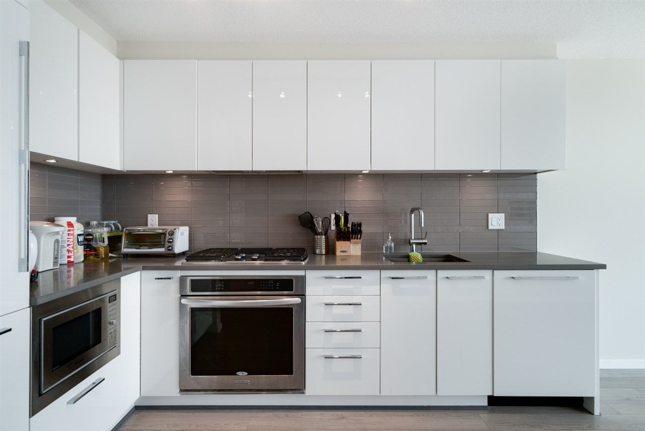 Condo Apartment at 3508 6658 DOW AVENUE, Unit 3508, Burnaby South, British Columbia. Image 2