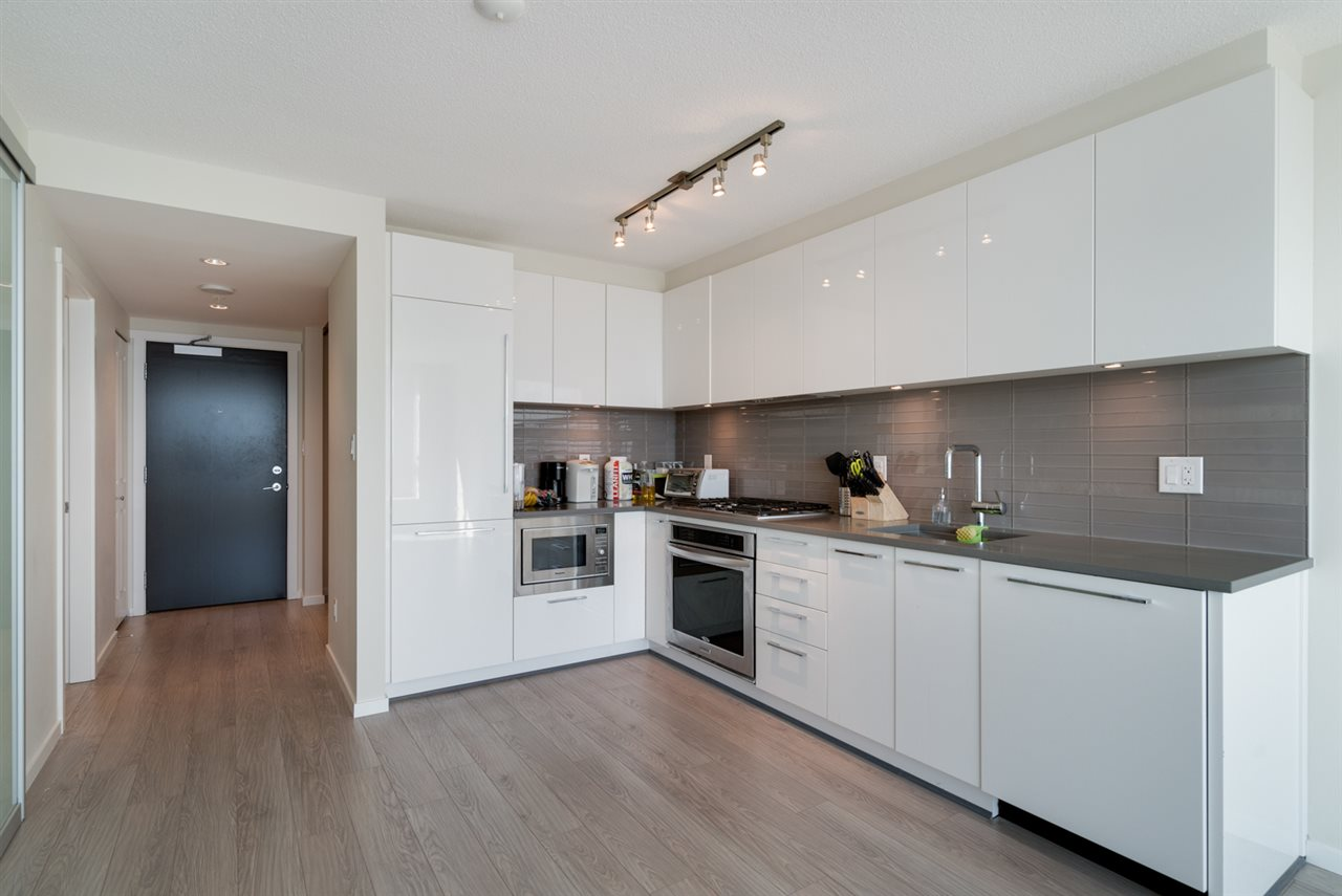 Condo Apartment at 3508 6658 DOW AVENUE, Unit 3508, Burnaby South, British Columbia. Image 3