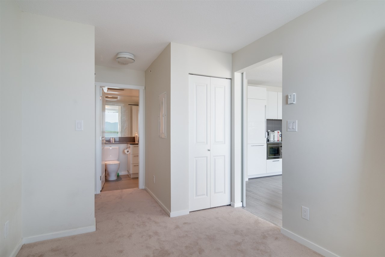 Condo Apartment at 3508 6658 DOW AVENUE, Unit 3508, Burnaby South, British Columbia. Image 7