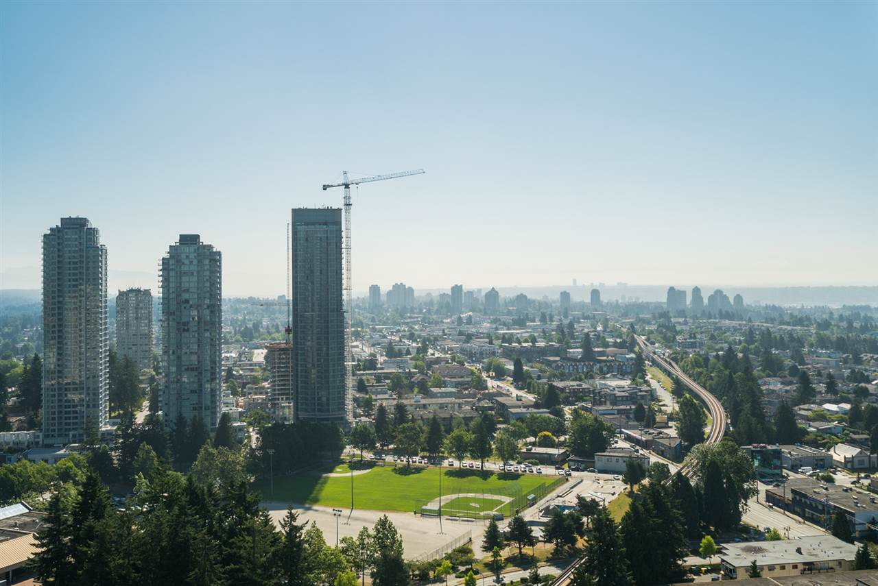 Condo Apartment at 3508 6658 DOW AVENUE, Unit 3508, Burnaby South, British Columbia. Image 17