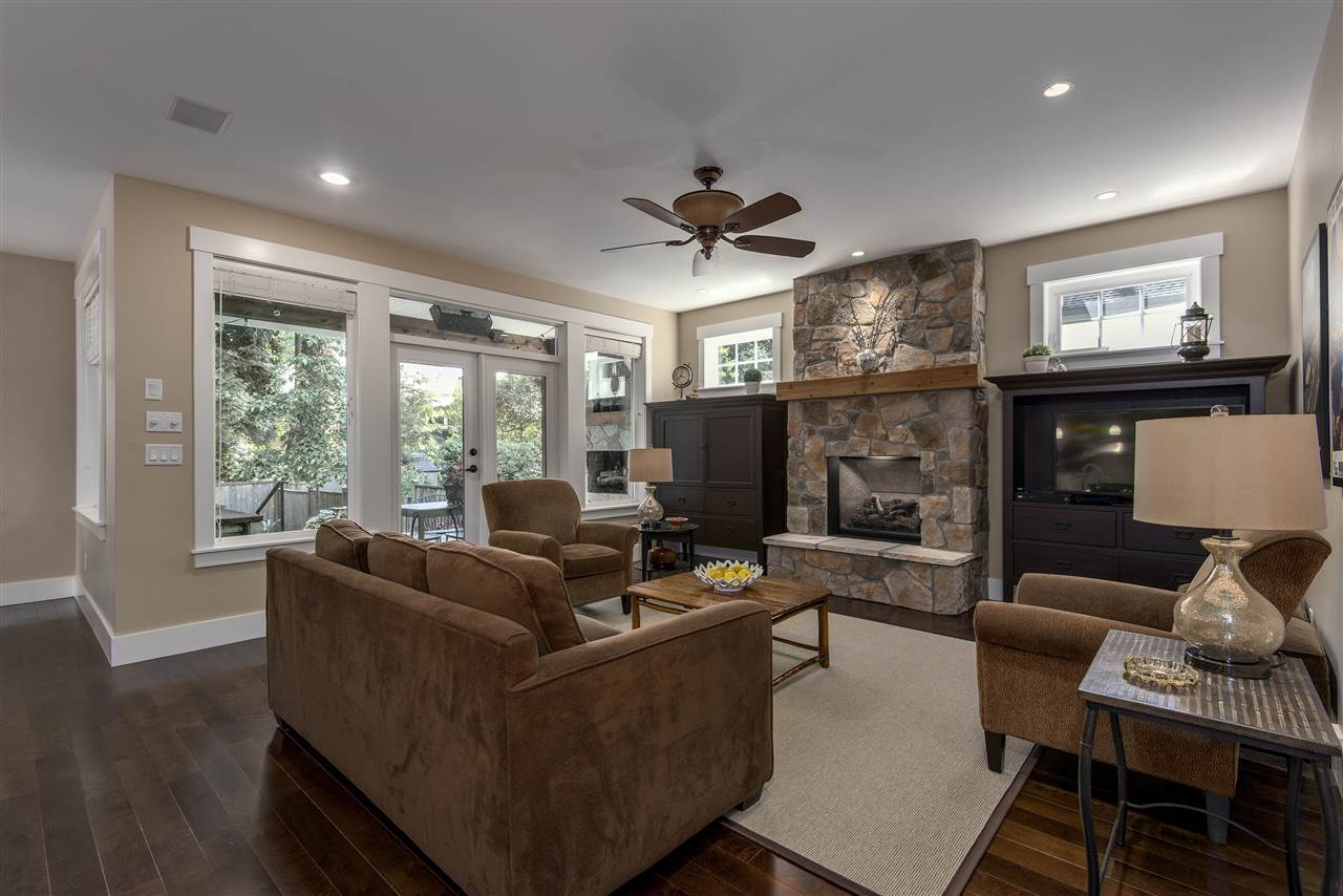 Detached at 13068 14A AVENUE, South Surrey White Rock, British Columbia. Image 5