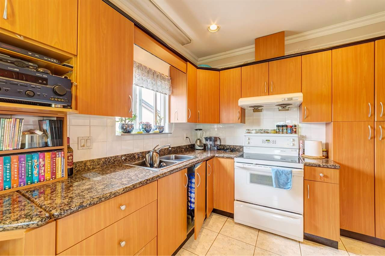 Detached at 3261 E 2ND AVENUE, Vancouver East, British Columbia. Image 6