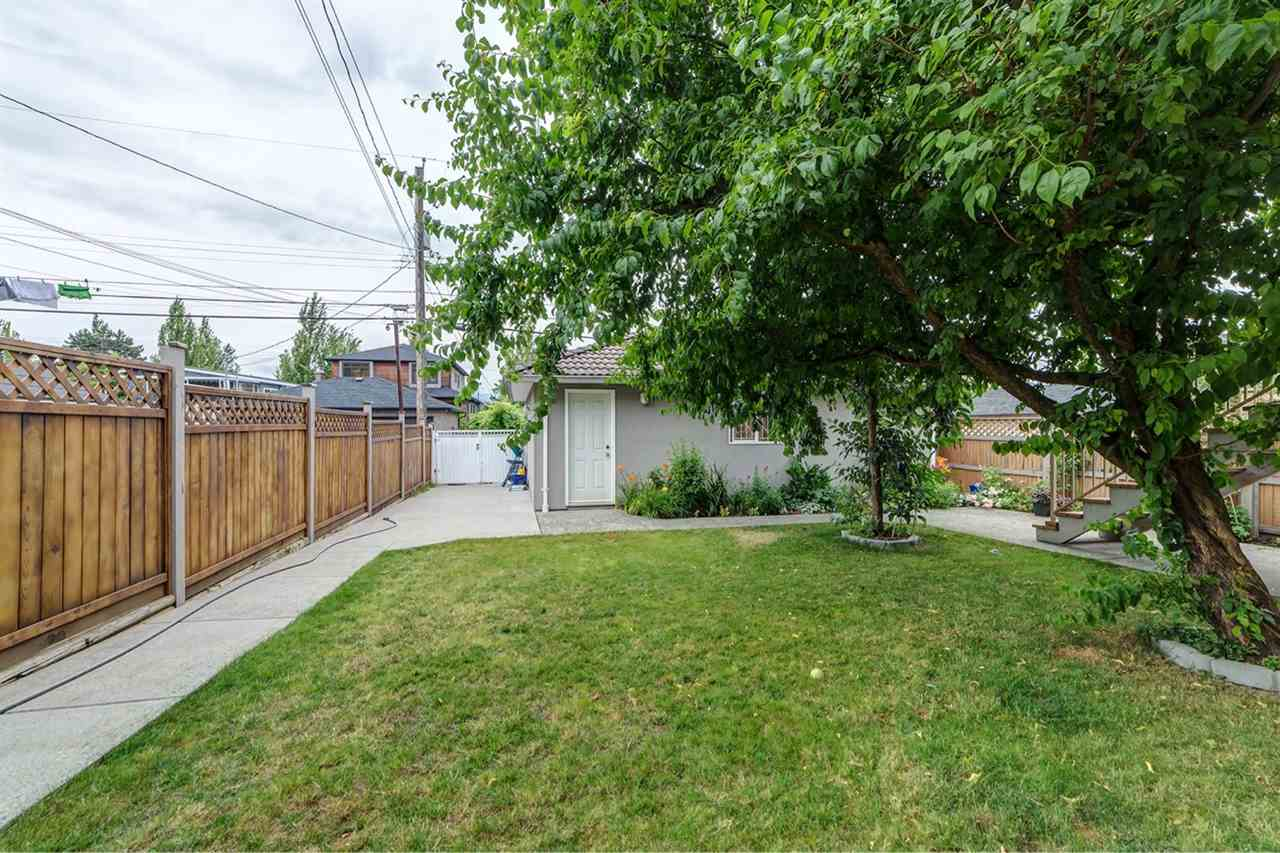 Detached at 3261 E 2ND AVENUE, Vancouver East, British Columbia. Image 14