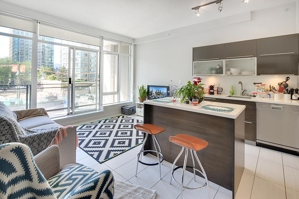 Condo Apartment at 406 1252 HORNBY STREET, Unit 406, Vancouver West, British Columbia. Image 1