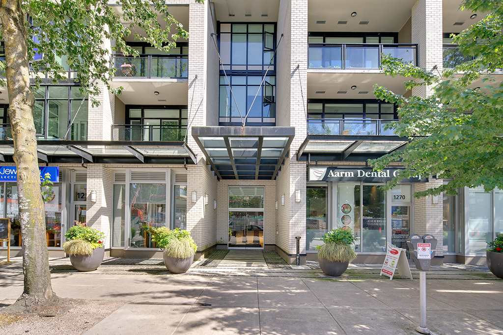 Condo Apartment at 406 1252 HORNBY STREET, Unit 406, Vancouver West, British Columbia. Image 2