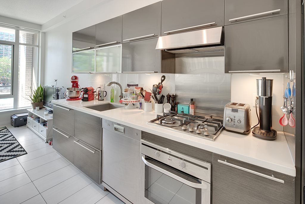 Condo Apartment at 406 1252 HORNBY STREET, Unit 406, Vancouver West, British Columbia. Image 7