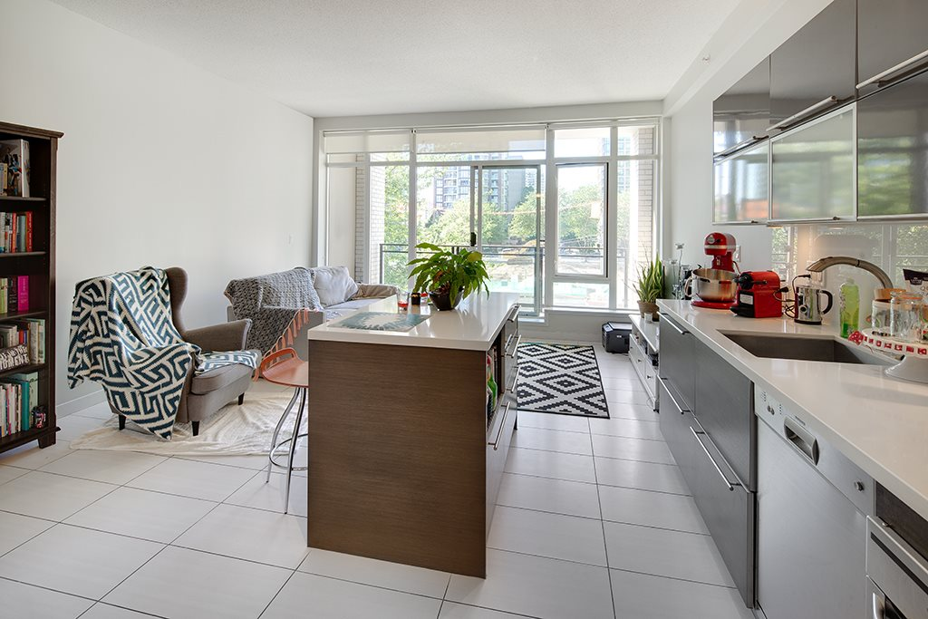 Condo Apartment at 406 1252 HORNBY STREET, Unit 406, Vancouver West, British Columbia. Image 8