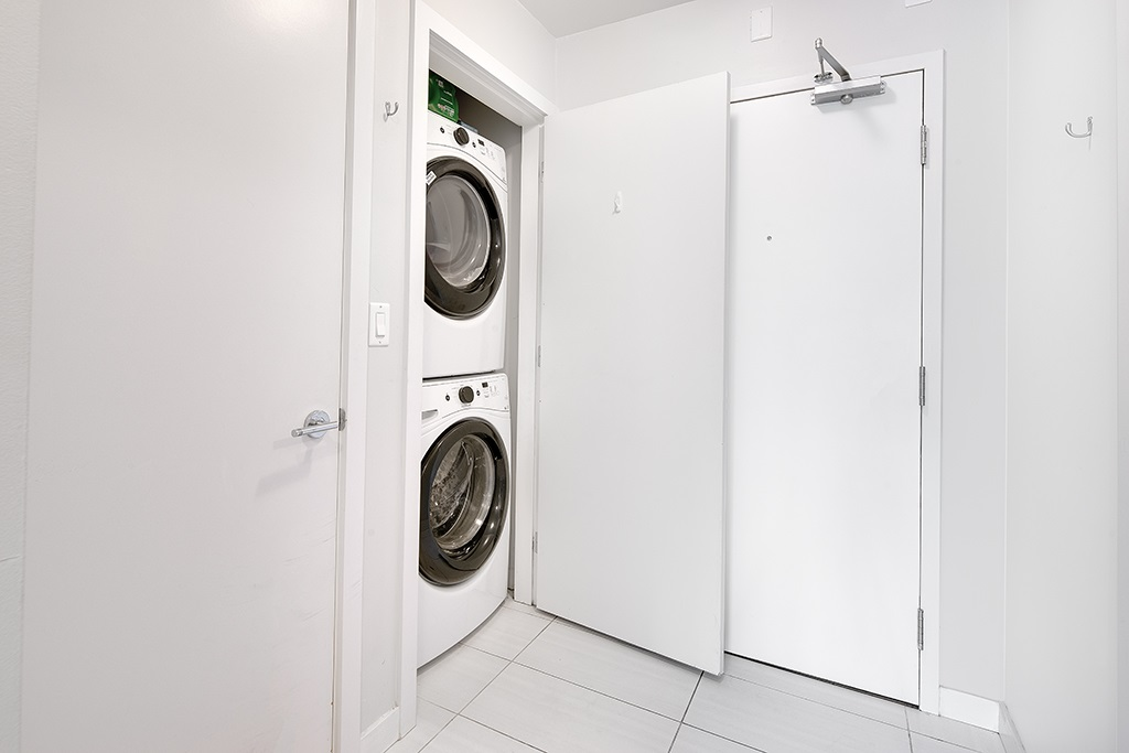 Condo Apartment at 406 1252 HORNBY STREET, Unit 406, Vancouver West, British Columbia. Image 15