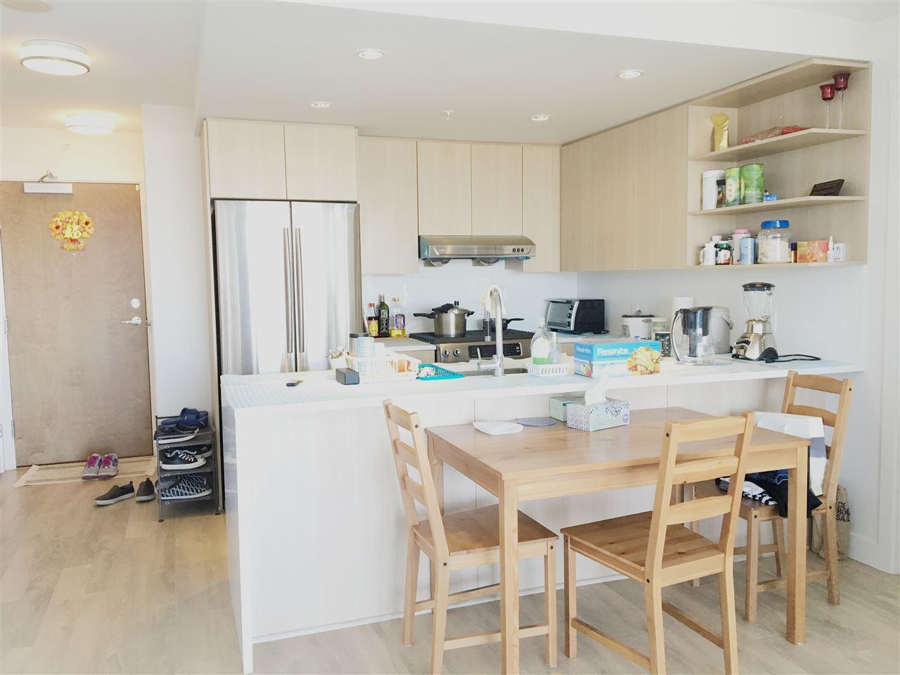 Condo Apartment at 1608 8288 GRANVILLE AVENUE, Unit 1608, Richmond, British Columbia. Image 6