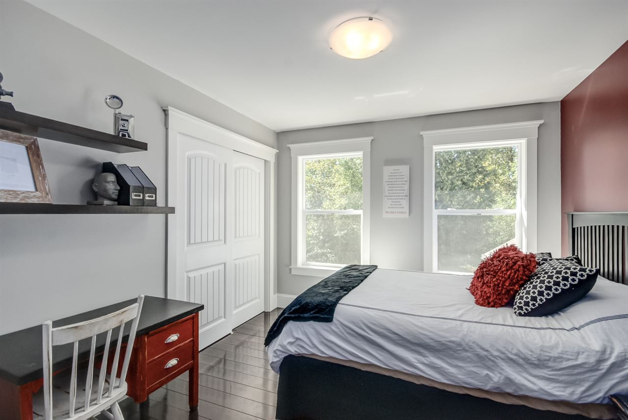 Detached at 26769 64 AVENUE, Langley, British Columbia. Image 14