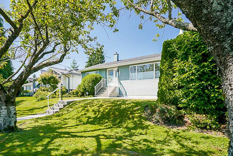 Detached at 3793 PETER STREET, Burnaby South, British Columbia. Image 1