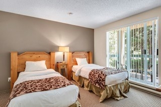 Townhouse at 202(10) 4865 PAINTED CLIFF ROAD, Unit 202(10), Whistler, British Columbia. Image 7