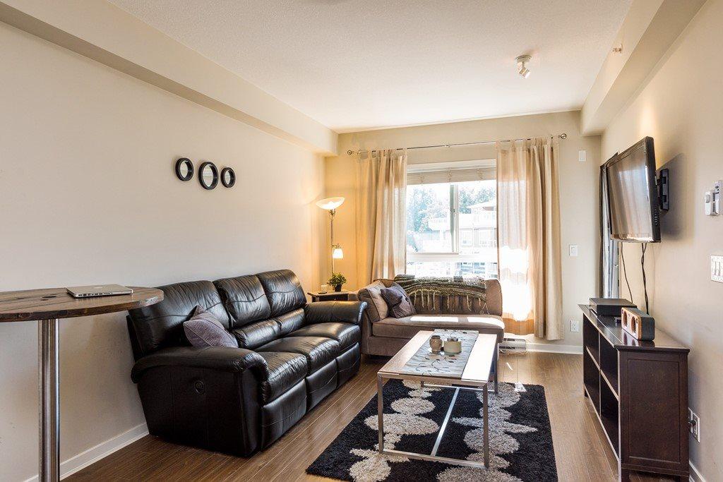 Condo Apartment at 508 6460 194 STREET, Unit 508, Cloverdale, British Columbia. Image 4