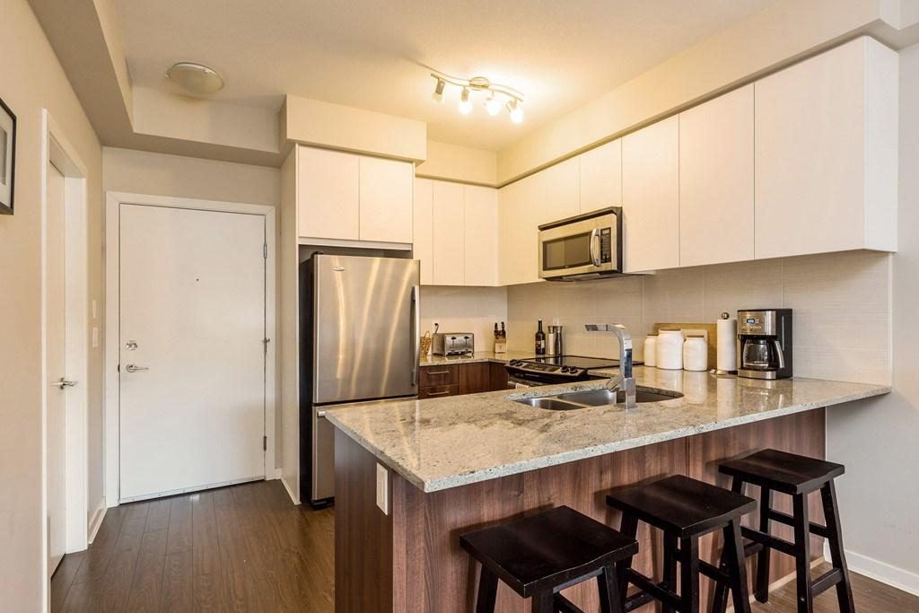 Condo Apartment at 508 6460 194 STREET, Unit 508, Cloverdale, British Columbia. Image 5