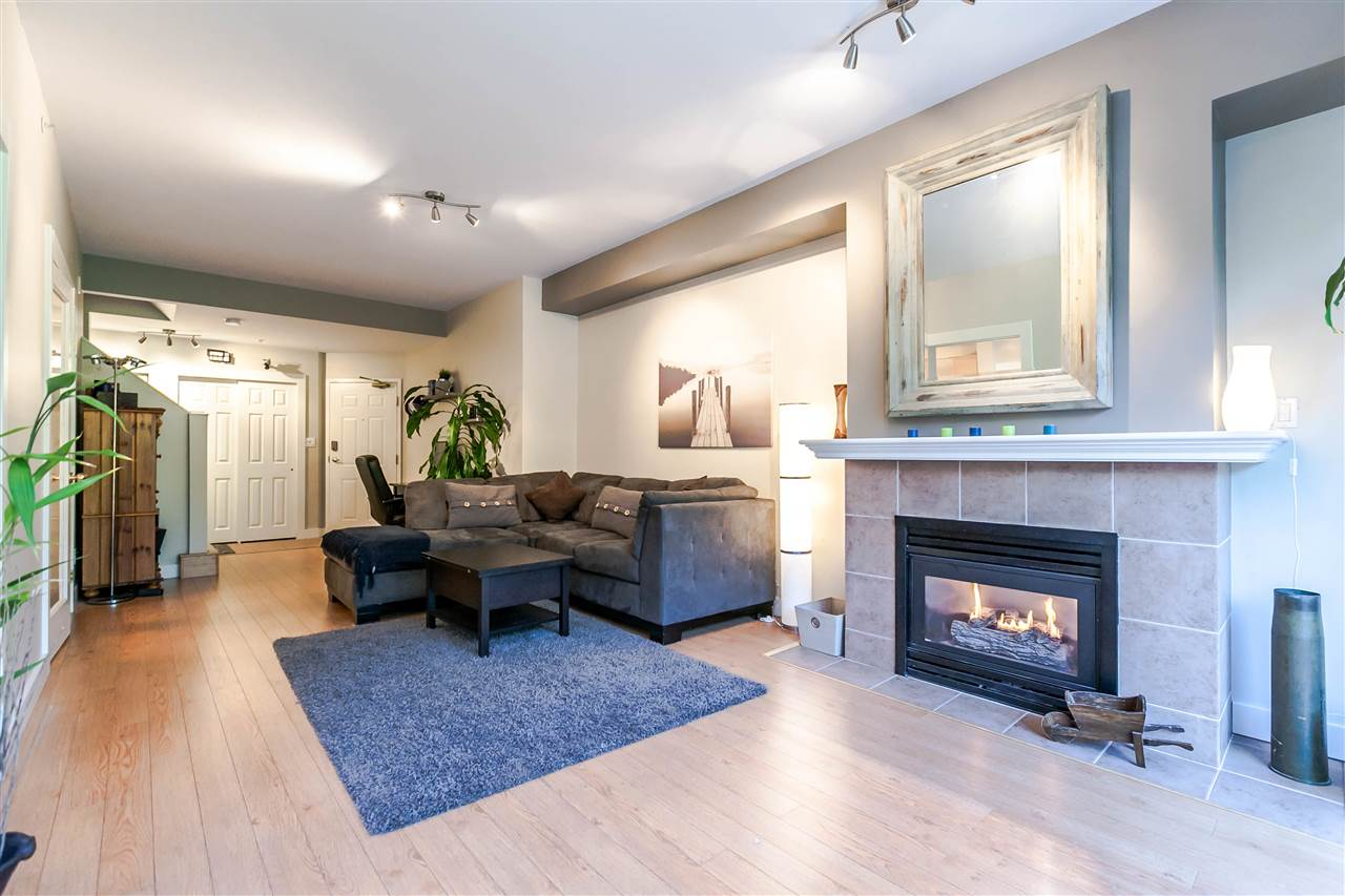 Condo Apartment at 204 3600 WINDCREST DRIVE, Unit 204, North Vancouver, British Columbia. Image 6