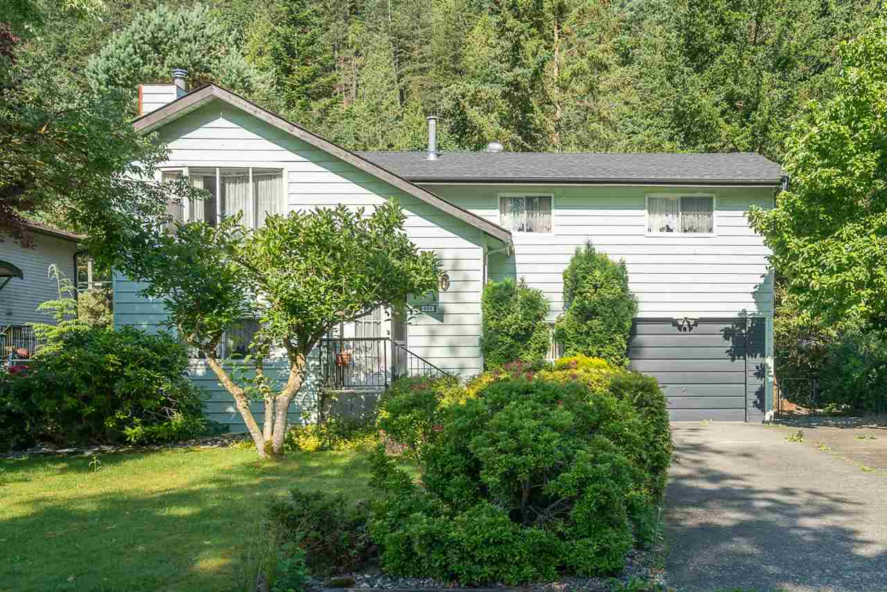 Detached at 830 RAMONA PLACE, Harrison Hot Springs, British Columbia. Image 2