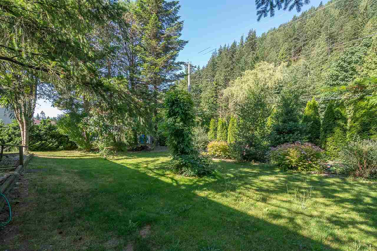 Detached at 830 RAMONA PLACE, Harrison Hot Springs, British Columbia. Image 20