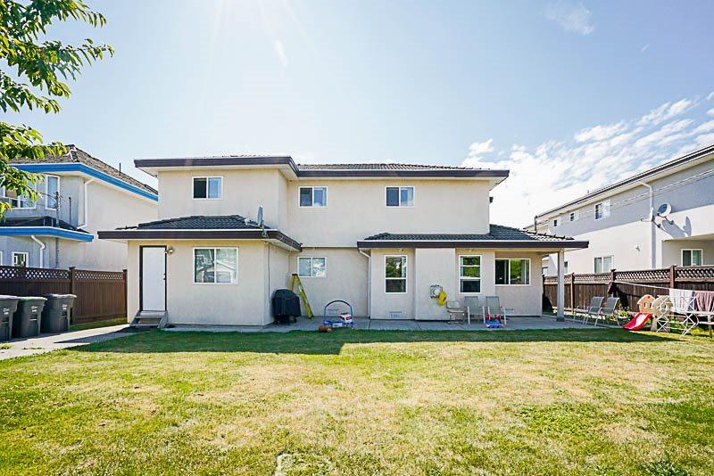 Detached at 6470 121A STREET, Surrey, British Columbia. Image 20