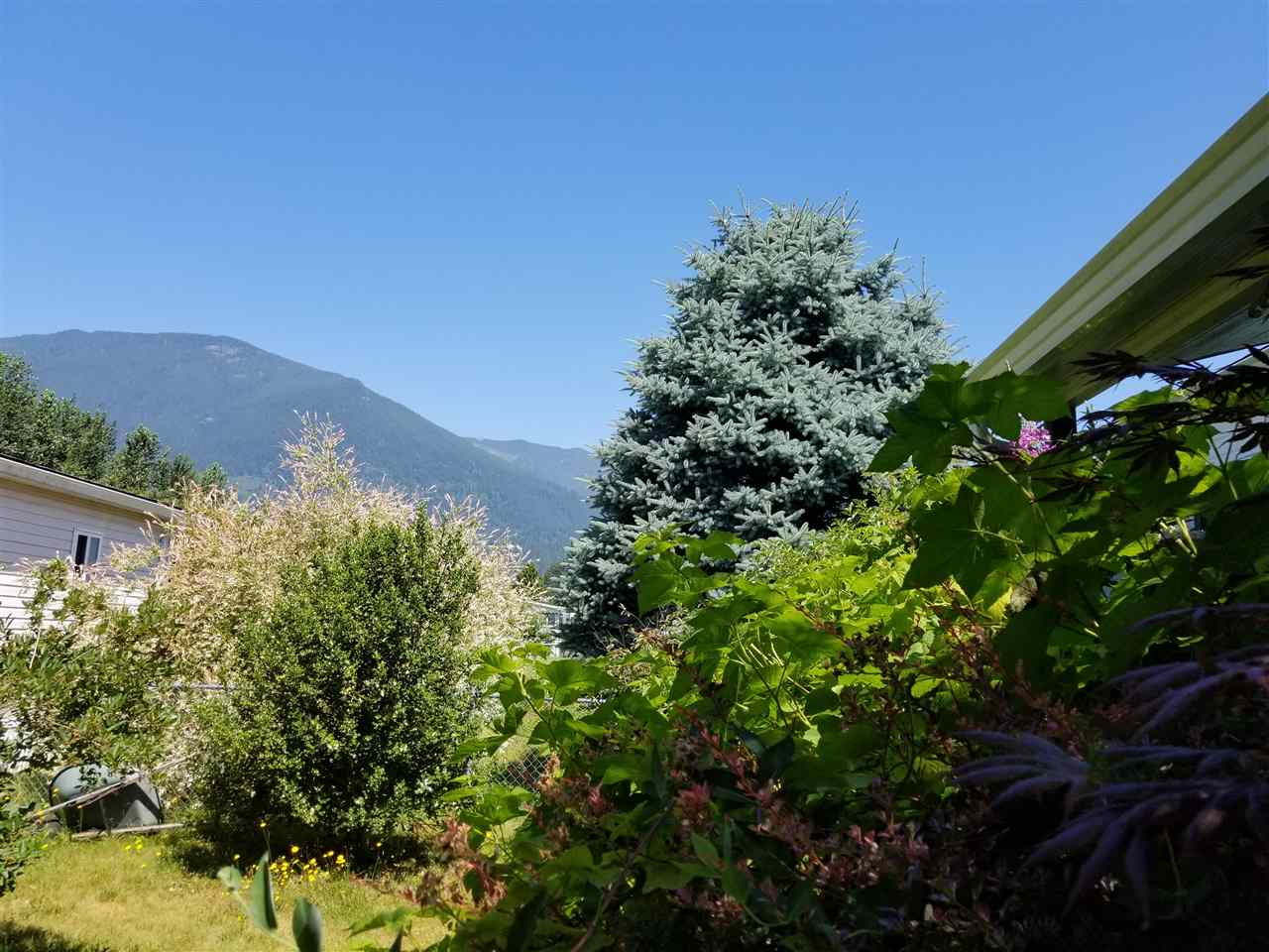 Detached at 88 41168 LOUGHEED HIGHWAY, Unit 88, Mission, British Columbia. Image 14