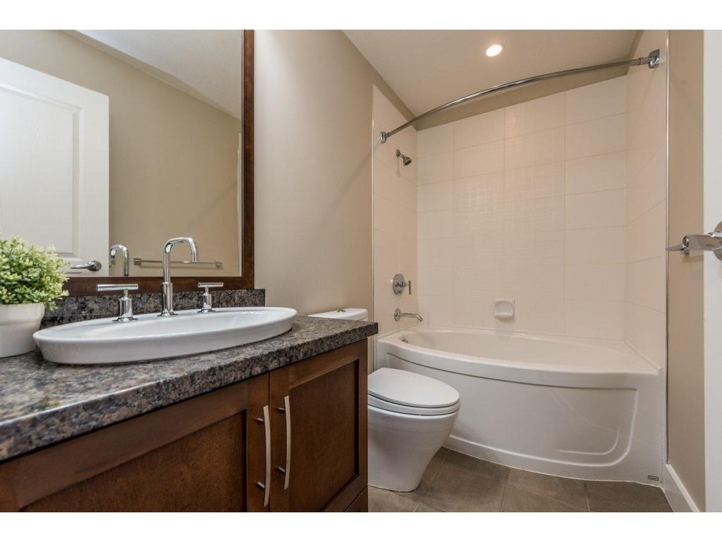 Condo Apartment at 204 6333 LARKIN DRIVE, Unit 204, Vancouver West, British Columbia. Image 15