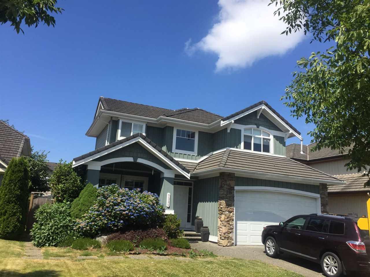 Detached at 7325 146A STREET, Surrey, British Columbia. Image 7