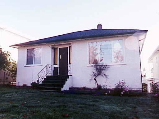 Detached at 2250 NANAIMO STREET, Vancouver East, British Columbia. Image 1