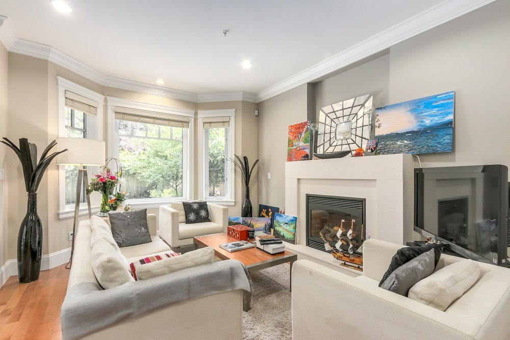 Townhouse at 2511 W 7TH AVENUE, Vancouver West, British Columbia. Image 4