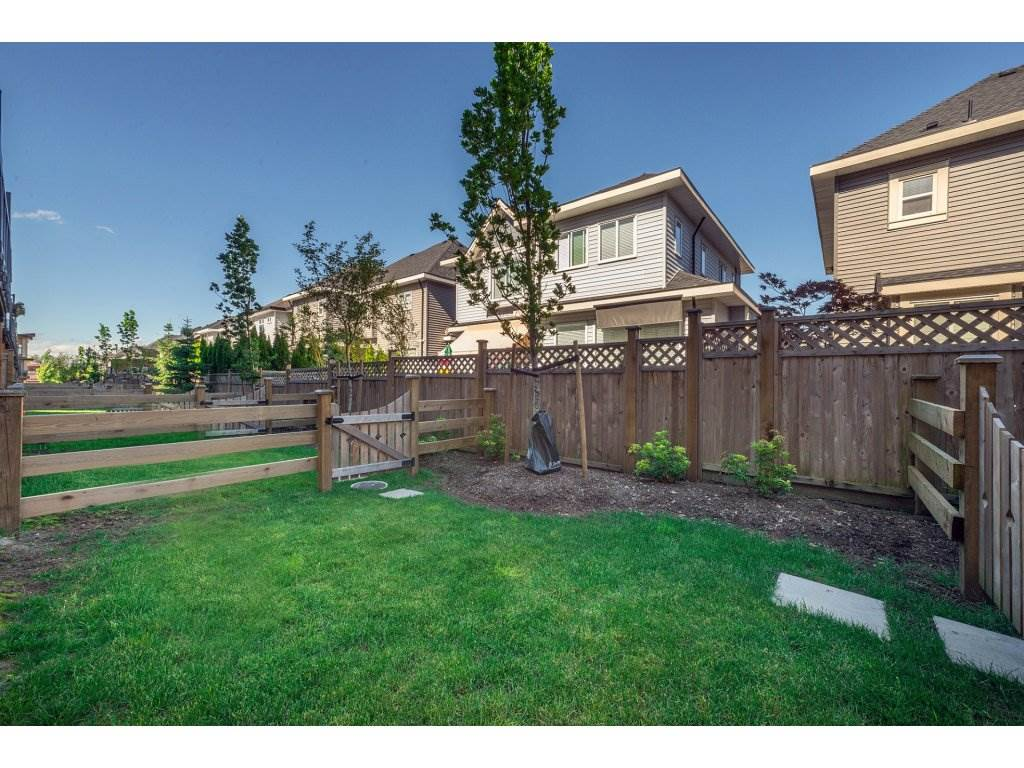 Townhouse at 38 16488 64TH AVENUE, Unit 38, Cloverdale, British Columbia. Image 15
