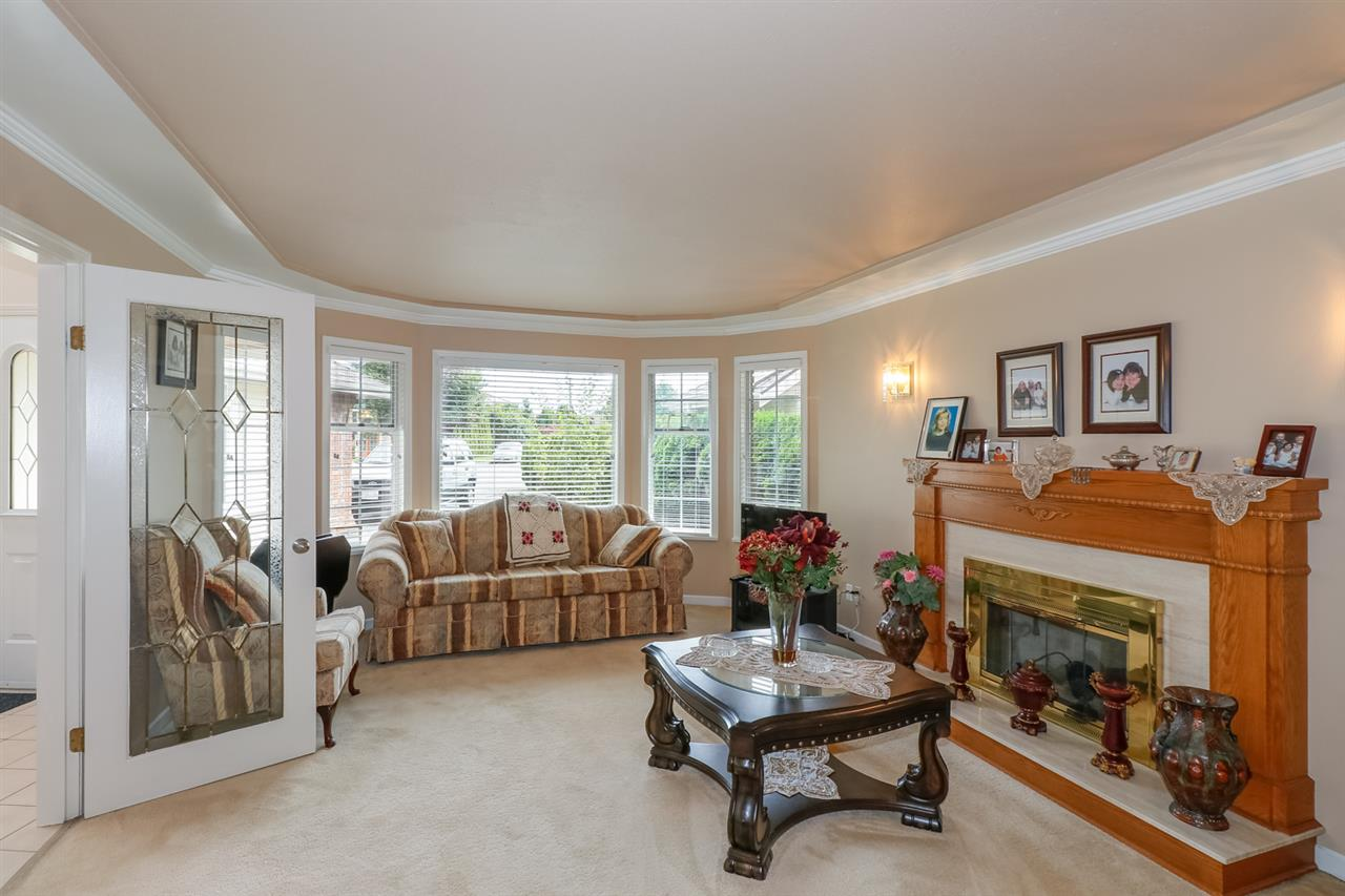 Detached at 6031 LIVINGSTONE PLACE, Richmond, British Columbia. Image 4